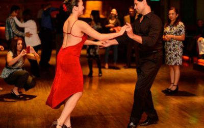 Salsa caleña: 6 pasos para aprender a bailarla